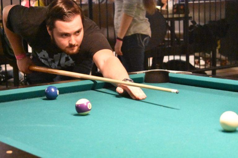 billiards1